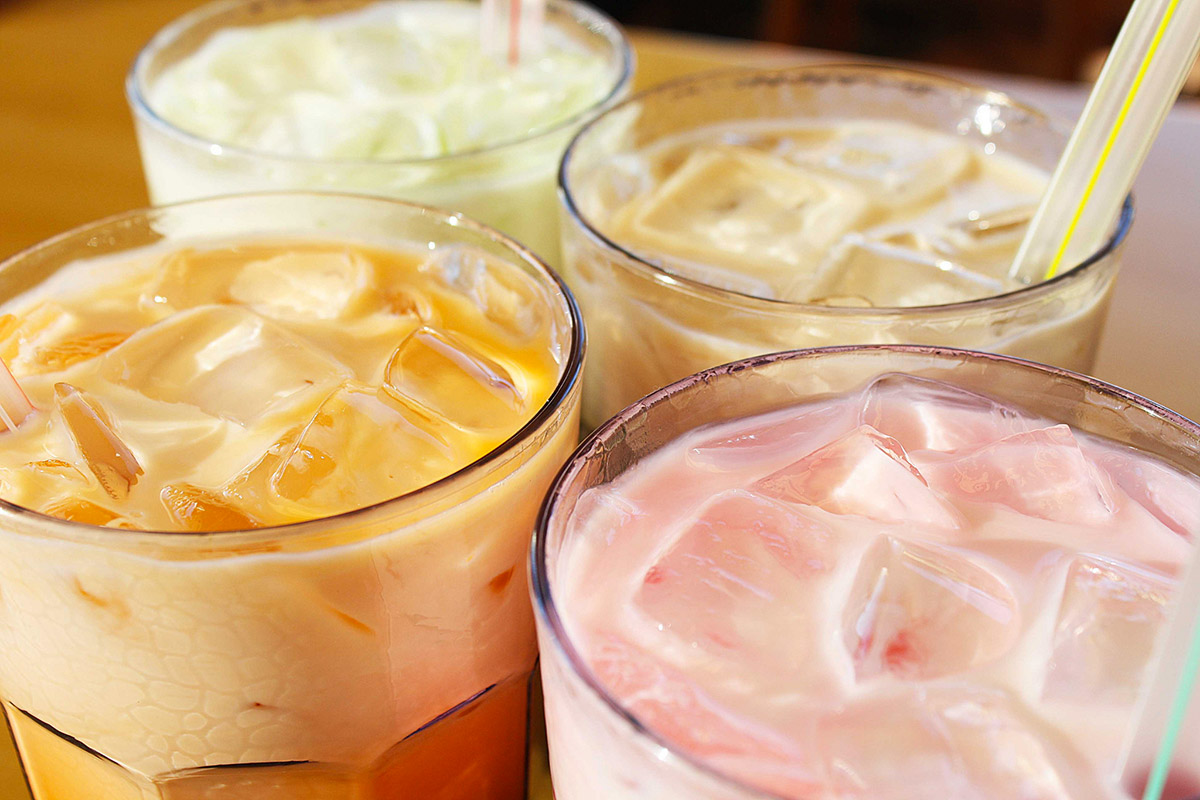 Colorful cold milk teas